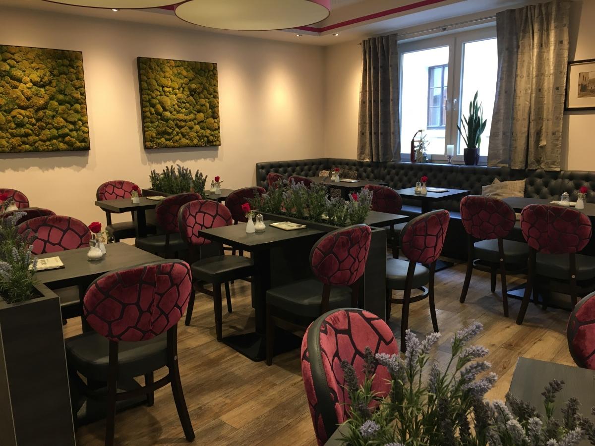 Café Stark Räumlichkeiten